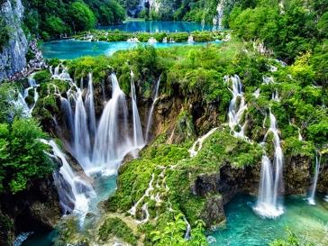 Великден с посещение на Плитвички езера, Сплит, Мостар и Сараево